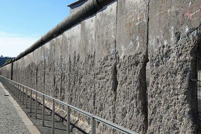 Berlin Broken Wall